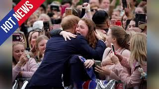 The adorable royal tour photo Prince Harry took of Meghan Markle everyone missed