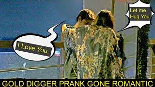 GOLD DIGGER PRANK    Savage Level 20000%   Pranks In Pakistan