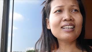 Thai girl tells about her business