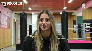 Georgina van der Linden(17) uit Rotterdam-Zuid behoudt wereldtitel kickboksen