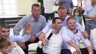 Kengetari i madh Zef Beka & Super atmosfere ne gezimin e familjes Hoxha (Official Video)