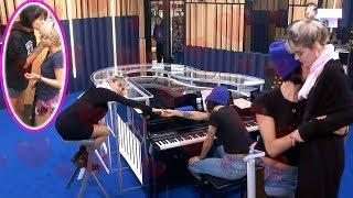 "Junto al piano, Alba abrazó a Natalia y dijo ""Te amo"". ???????? #OTDirecto4NOV"