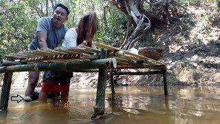 First Time Girl & Boy Sweet In Water At Beautiful River Why Do Like UTube Film