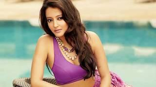 Raima sen - Indian actress hot photo collection