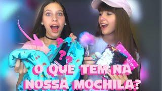 O QUE TEM NA NOSSA MOCHILA DA ESCOLA? | Hi Girls Sisters