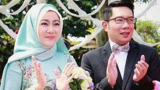 Nonton Guns N' Roses Bersama Istri, Ridwan Kamil: Mendekap Cinta dengan Erat