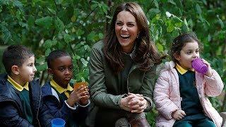 Kate's adorable reply when little girl asks why people are taking her photo