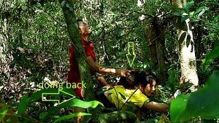 Young Girl Don't trust alone in forest help girl fix motor By UTube Film