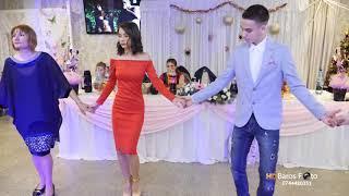 Mariana Gugu 2019 Colaj Hore & Sarbe Botez Arianna Rest  Mes Amis 03