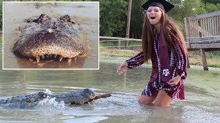 Woman takes Graduation photos with 1000 pound Texas Gator - One of her 'Best Friends'