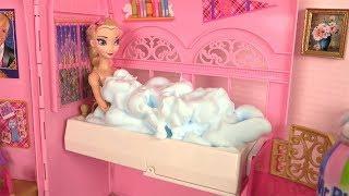 Barbie Morning Routine Pink Bedroom Rapunzel Frozen Elsa Dress Up