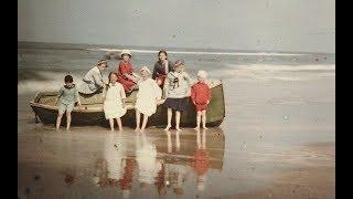 Vintage Color Autochrome Photos of European Beaches From the Early 1900s