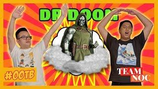 OUT OF THE BOX: Dr Doom (Premium Format Figure from Sideshow Collectibles)