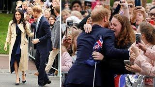 Meghan & Harry Arrive In Victoria / Girl Cries With Happiness When She Meets Harry