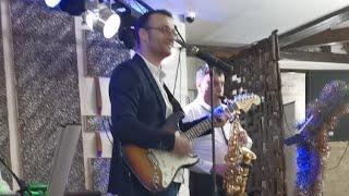 Mirific Sonor Band- La Multi Ani Tuturor Romanilor!